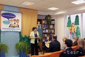Dni detskej knihy v Prievidzi pokračovali besedami so spisovateľmi