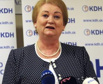A. Záborská zatiaľ odstáva v KDH, jej manžel odchádza