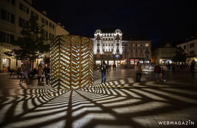 Bratislavu prežiarila Biela noc, festival potrvá do 3. októbra