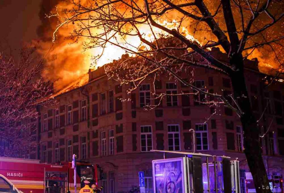 Štát požičia košickej univerzite peniaze na likvidáciu škôd po požiari