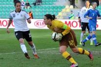 Mária Korenčiová (v žltom)