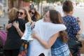 Po celom Slovensku budú dnes dobrovoľníci rozdávať objatia