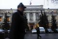 Ruská centrálna banka odňala licenciu ďalším dvom menším bankám