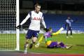 Tottenham zdolal Wycombe tromi gólmi v závere a je v osemfinále