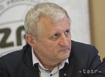 J.HOLEČEK: Z postoja ministra školstva Plavčana som nesmierne sklamaný