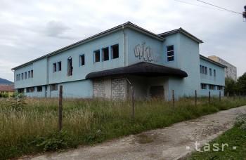 Obyvatelia Sniny by privítali, keby nevyužitá modrá budova fungovala