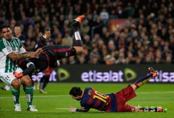Barcelonu vo finále Španielskeho pohára vyzve Sevilla