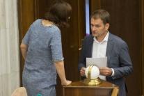I. MATOVIČ obvinil A. DANKA, že prikázal otvárať listy poslancov