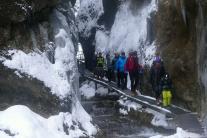 Zimná prechádzka Janošíkovými dierami