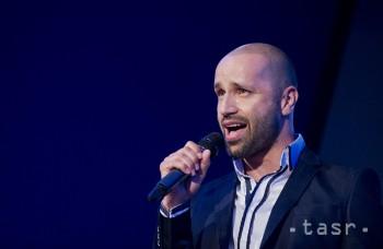 Robo Opatovský predstavuje nový singel a klip Bezhlavo ti verím