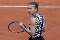 Halepová na Roland Garros otočila duel s Osakovou a ide do osemfinále
