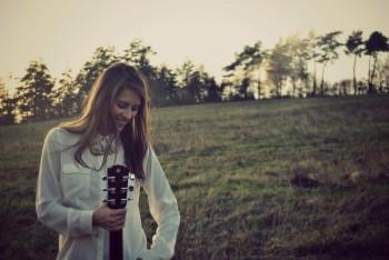 Sima Martausová ponúka ďalší singel, pripravuje prvé koncertné turné