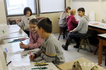 Viazanosť financií na mimoškolské aktivity je kompetenciou obcí
