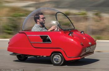 Jedno z najškaredších áut sveta vydražia za 80-tisíc
