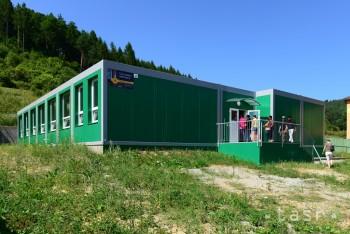Dokončenie modulových ZŠ v troch osadách sa o čosi posunie