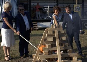 Šurany: Mesto pripravilo Vatru zvrchovanosti