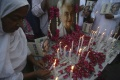 Stovky ľudí sa rozlúčili s 'pakistanskou Matkou Terezou'