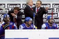 Boris Valábik (úplne vľavo)