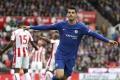 Manchesterské kluby víťazne, Morata hetrikom zničil Stoke