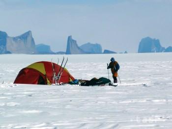 VEDCI VARUJÚ: Antarktída sa roztápa alarmujúcim tempom