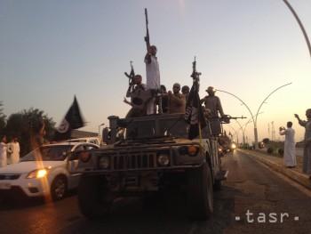 Džihádisti z IS podnikli nečakaný útok na mesto Hít na západe Iraku