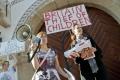 Protest pred britskou ambasádou v Bratislave