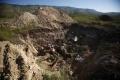 Islamský štát pochoval tisíce ľudí do masových hrobov