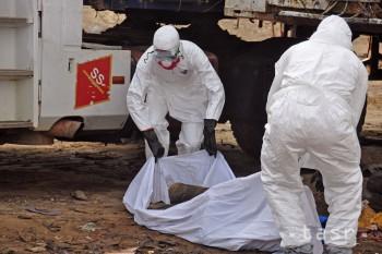 Šírenie eboly môže eskalovať do katastrofálnych ekonomických rozmerov