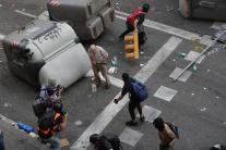 Konfrontácia demonštrantov a polície
