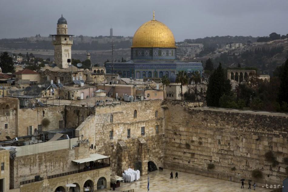 Poradca Abbása kritizoval presun ambasády USA do Jeruzalema 4ca92981ed3