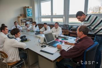 Adlerka formuje odborníkov v elektrotechnike i komunikačných systémoch