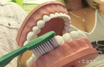 Pri čistení zubov je dôležitá správna technika