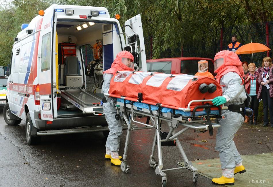 Záchranári dostanú vybavenie na boj s ebolou