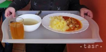 TTSK vypovedal zmluvu o poskytovaní obedov 590 školákom ZŠ Bottova