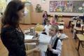 Za dobré vysvedčenie slovenskí rodičia deti odmenia
