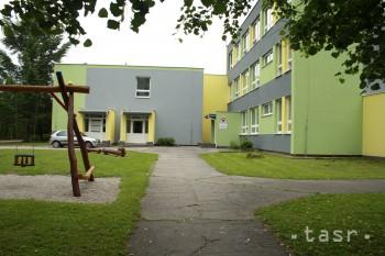Teplické gymnázium nesie čestný názov po Mikulášovi Galandovi