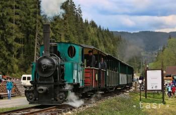 Čiernohronská železnica plní detské sny, môžete sa stať rušňovodičom
