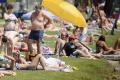 Bratislavské kúpaliská predlžujú pre pekné počasie svoje prevádzky