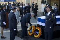 OBRAZOM: Izrael sa lúči so Šimonom Peresom, rakvu vystavili v Knesete