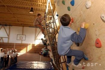 Netradičné športy na gymnáziu v P. Bystrici doplní horolezectvo