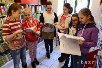 Učebnice pre jedinú školu s vyučovacím jazykom ukrajinským sú drahé