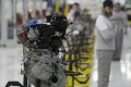 V Česku stúpol počet pracujúcich v autopriemysle, zarobia do 35.000 Kč