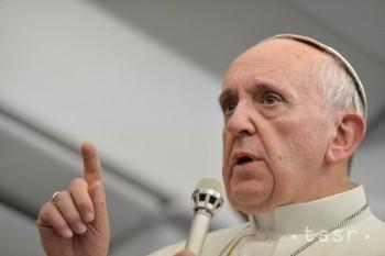 Pápež František reagoval na list slovenských mladých z podujatia R13