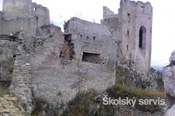 Hrad Beckov dal vraj postaviť Stibor pre svojho šaša Becka