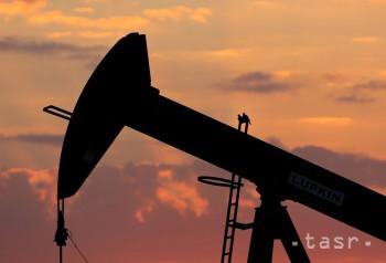 Zisk British Petrol v 2. kvartáli klesol o 45 percent