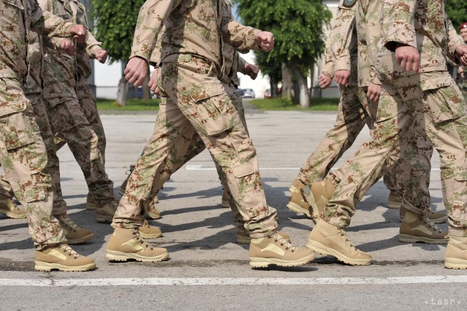 Slovenskí vojaci odchádzajú z Afganistanu, stiahli slovenskú zástavu