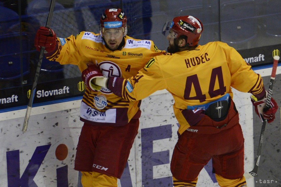7cba01127 Hokejový Trenčín predĺžil zmluvy s Hudecom a Pardavým ml.