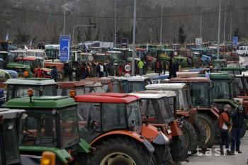 Bulharskí vodiči prerazili barikády gréckych farmárov