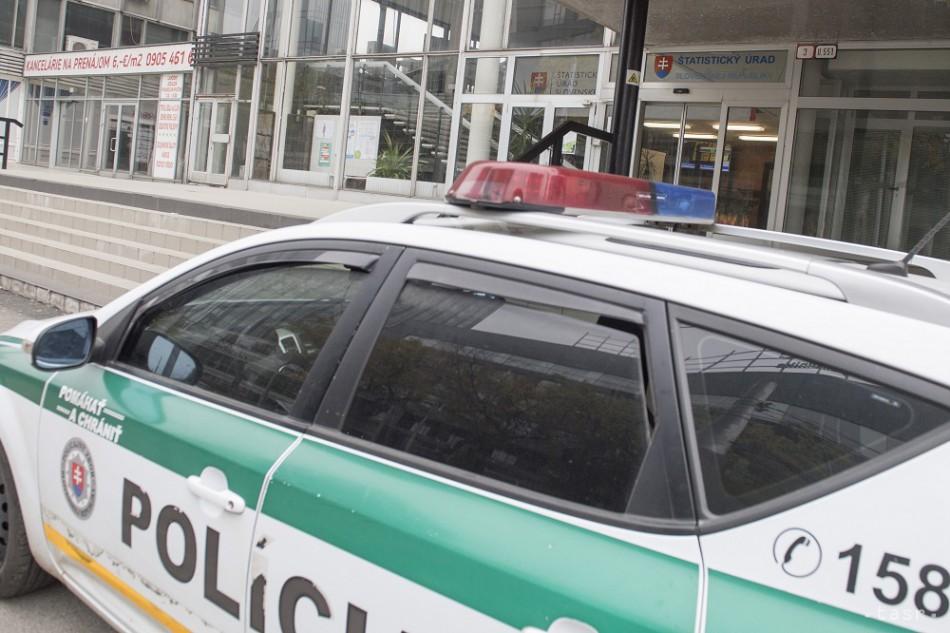 V piešťanskom nákupnom centre nahlásili bombu 6fc1113fae3