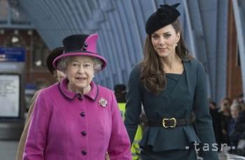 Highlighty týždňa: Zomierajúca kráľovná, tehotná Kate a Schumacher